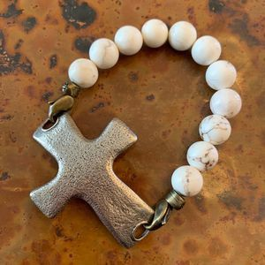 White Marble Bead and Pewter Cross Bracelet